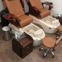 pedicure french polish parafin dip brookside kansas city